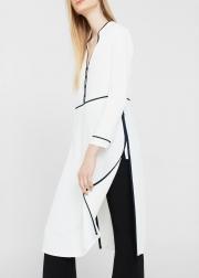 Image of بلوز پیراهن سفید با نواردوزیهای سیاه